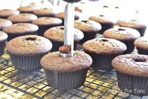coring cupcake
